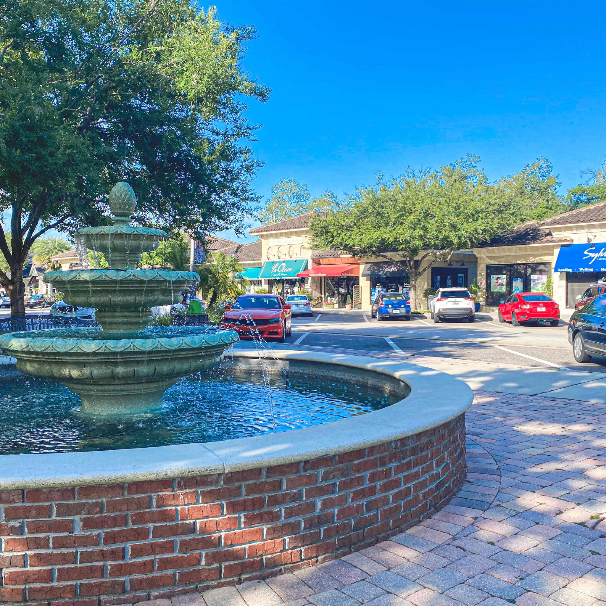 Why live in Lake Mary Florida?